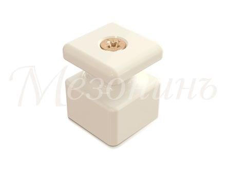 Изолятор c саморезом фарфоровый квадратный Белый Мезонин GE80027-01