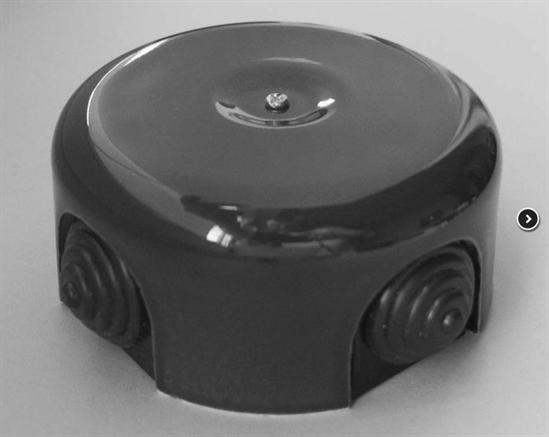 Распаячная коробка Черная D-90 Retrika - фото 5328